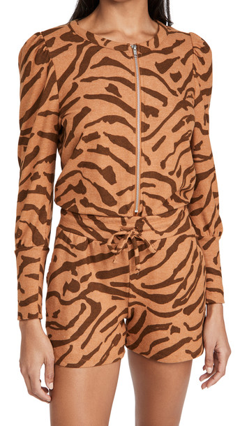 Chaser Rpet Bliss Knit Puff Sleeve Zip Up Romper in print