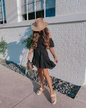 dress,black dress,mini dress,platform sandals,bucket bag,hat