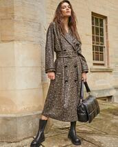 coat,shoes,bag