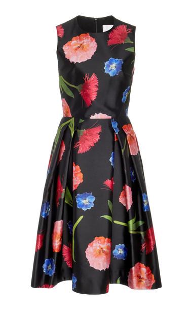 Carolina Herrera Sleeveless A- Line Silk Dress Size: 0 in black