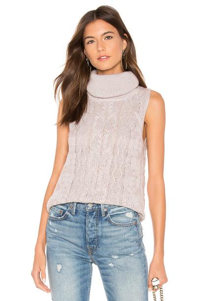 BB Dakota Sweater With Time Sleeveless Sweater in blush