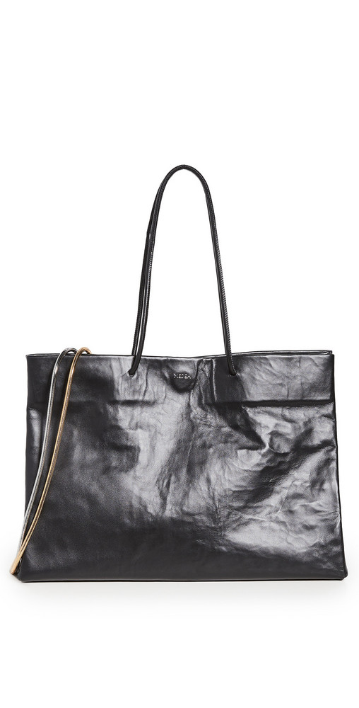 Medea Busted Diece with Chain Medea Bag in black