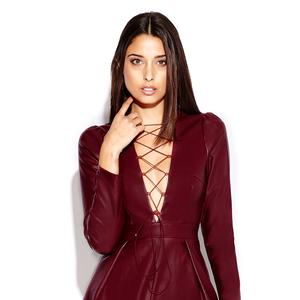Spring Fashion! Gorgeous UK singer Liza Owen wearing a