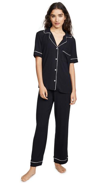Eberjey Gisele Short Sleeve Crop PJ Set in black / pink