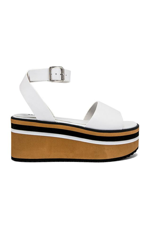 Alias Mae Oasis Sandal in white