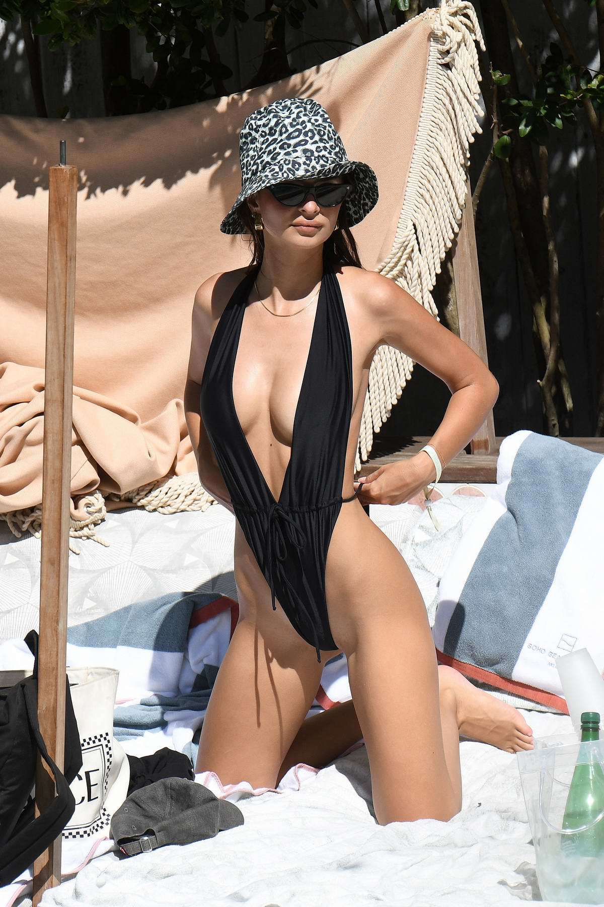 swimwear one piece swimsuit black black swimwear emily ratajkowski model off-duty