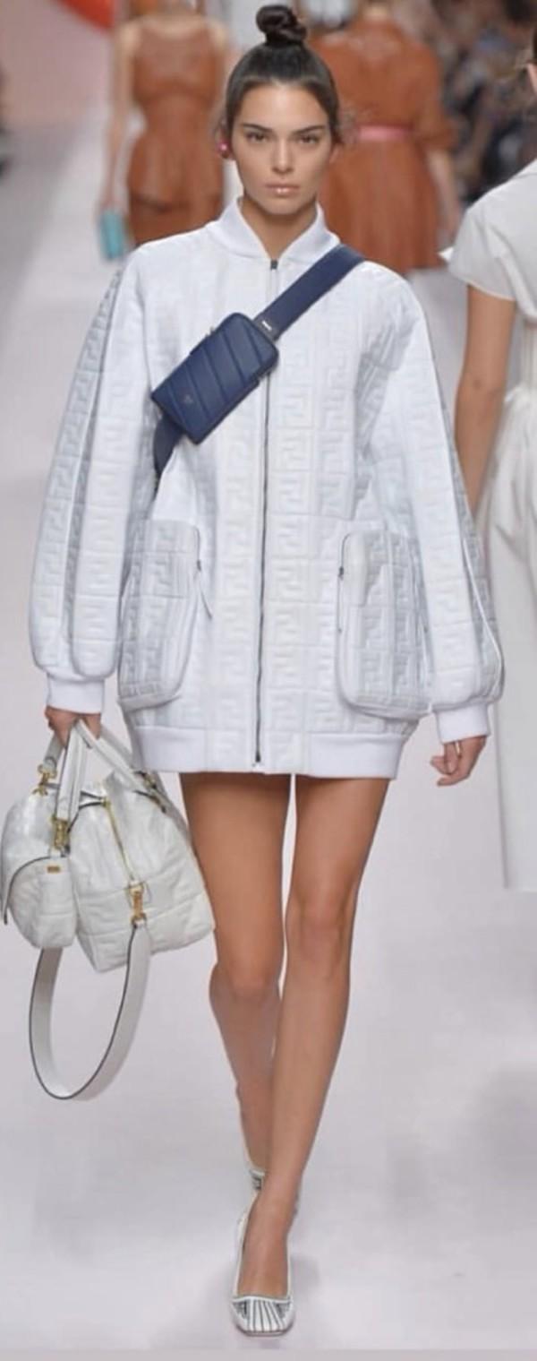 bag kendall jenner white
