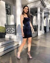 dress,mini dress,bodycon dress,high heel sandals,Silver sandals,handbag,evening dress