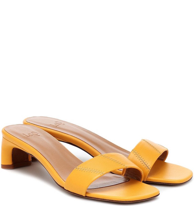 LOQ Nona leather sandals in yellow