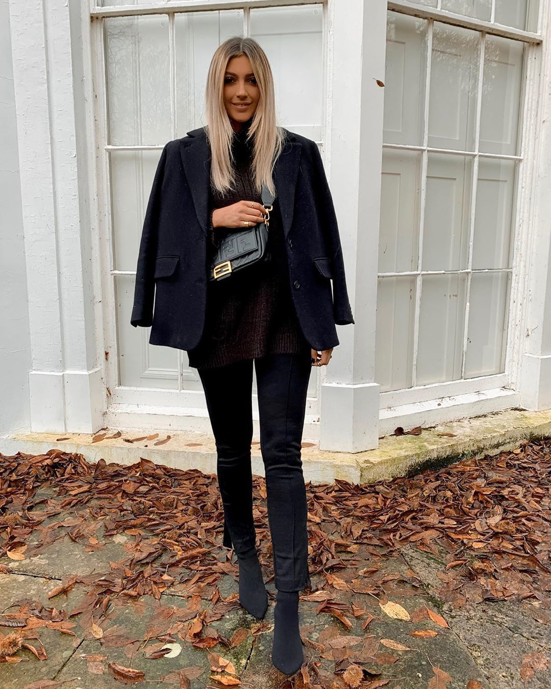 jacket black blazer ankle boots black boots black pants skinny pants black bag