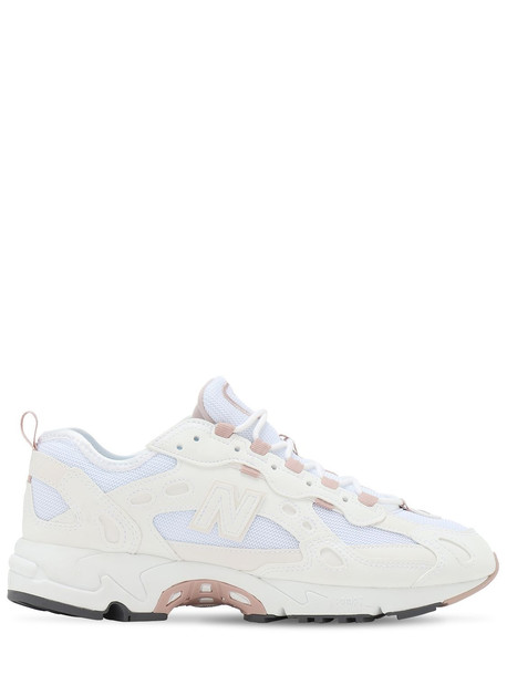 NEW BALANCE 827 Sneakers in pink / white