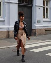 skirt,underwear,jacket