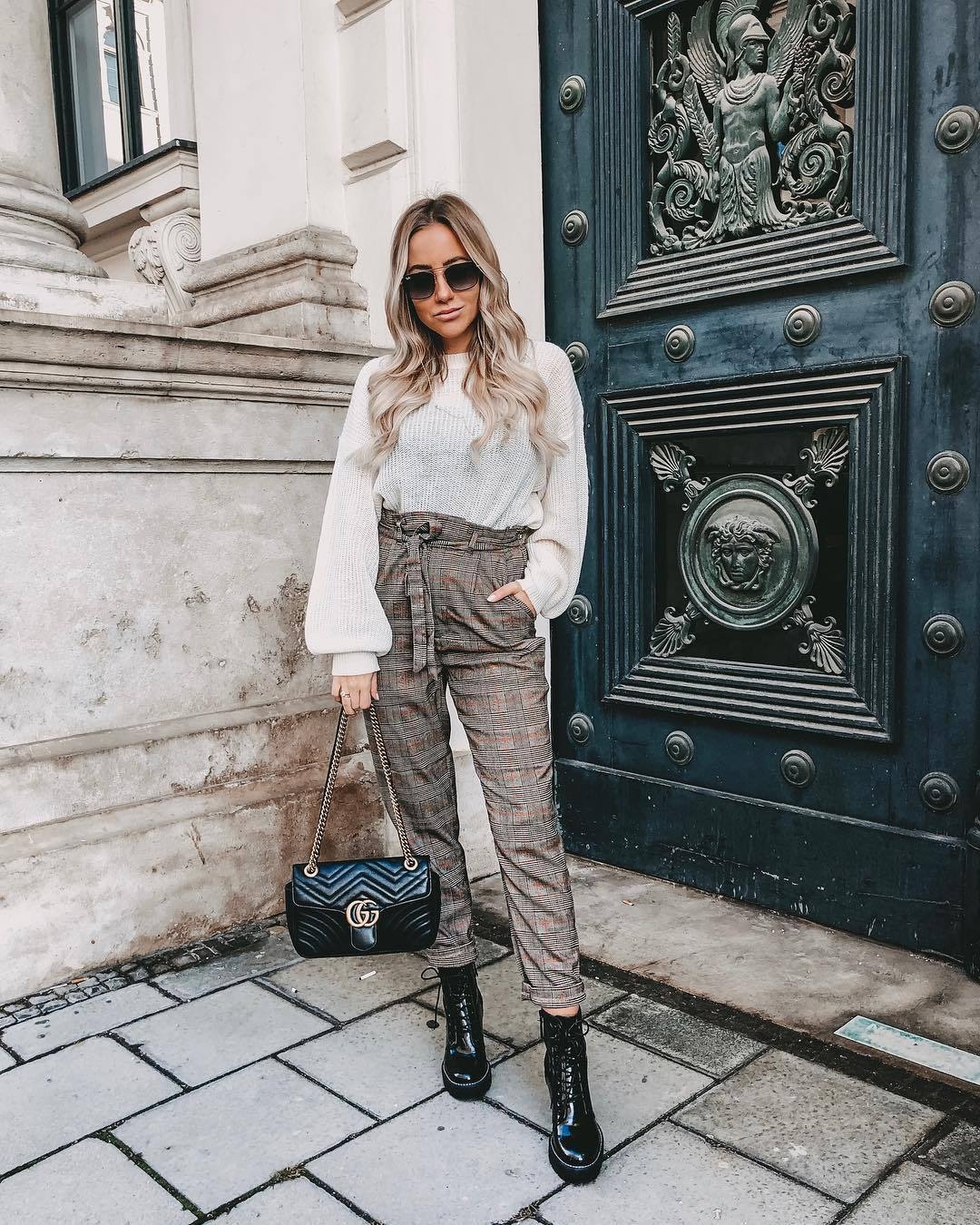 pants high waisted plaid black boots lace up boots gucci bag black bag white sweater knitted sweater