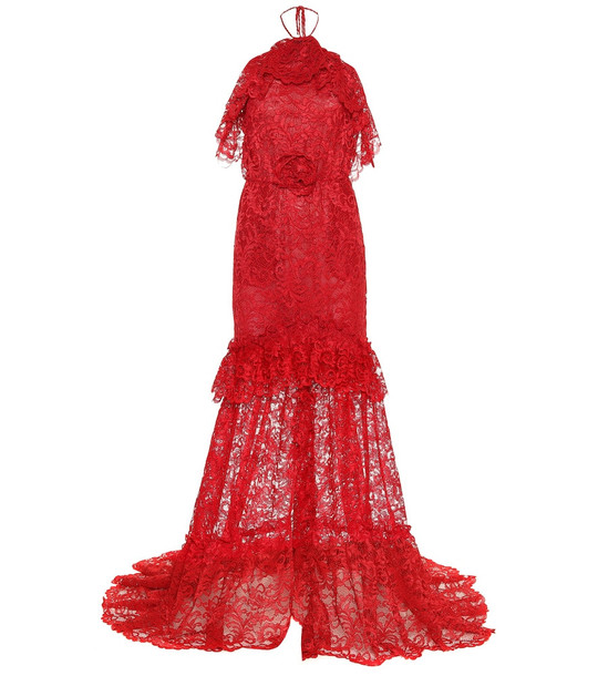Dundas Lace gown in red