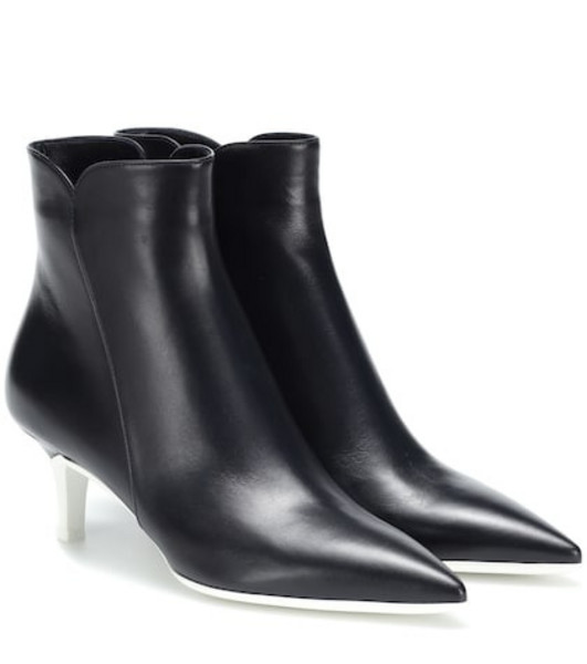 Gianvito Rossi Levy 55 leather ankle boots in black