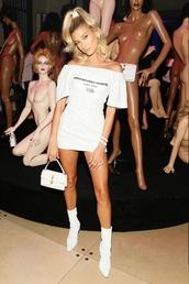 bag,all white everything,white,white dress,dress,boots,hailey baldwin,model,fashion week,celebrity