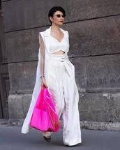 top,white top,crop tops,white pants,wide-leg pants,high waisted pants,pumps,coat,sleeveless,pvc,pink bag