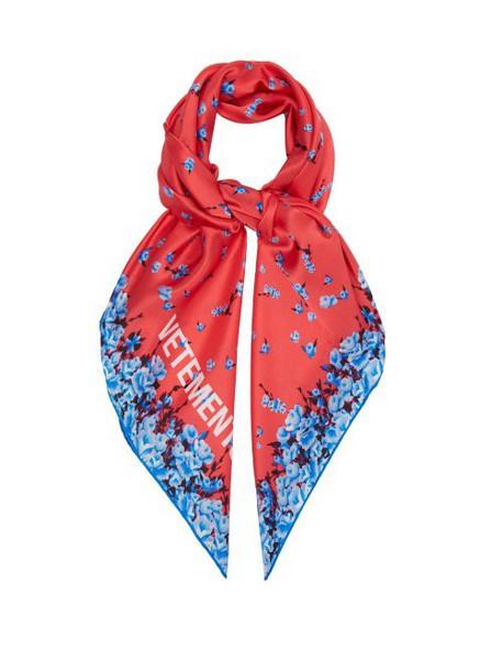 Vetements - Floral Print Silk Scarf - Womens - Pink
