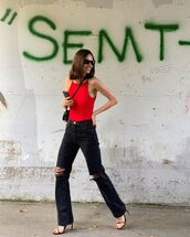 jeans,black jeans,ripped jeans,black sandals,bodysuit,crossbody bag