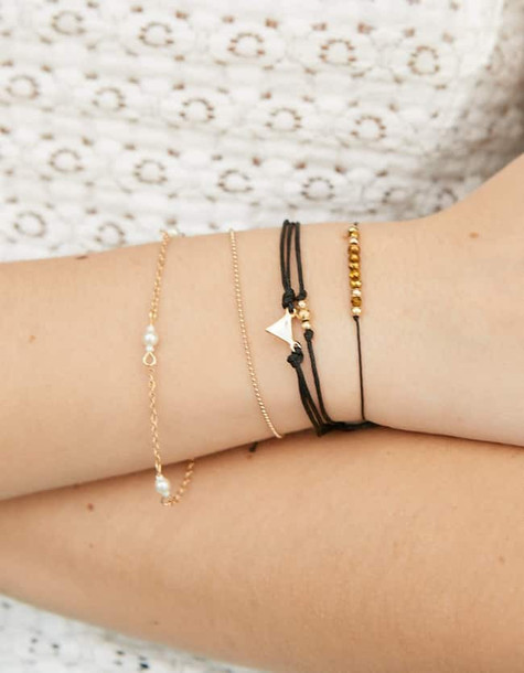 Stradivarius Set Of 5 Thin-stranded Bracelets In Black
