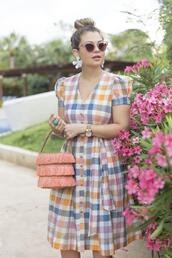 suburban faux-pas,blogger,jewels,dress,sunglasses,bag,shoes,multicolor,fringed bag,spring outfits,spring dress