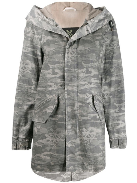 Mr & Mrs Italy camouflage print parka in grey