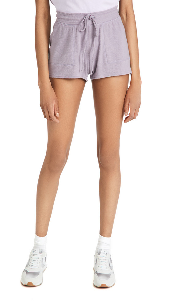 Alo Yoga Daze Shorts in lavender