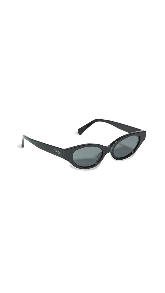 Karen Wazen Glamorous Sunglasses in black