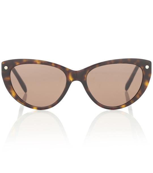 Alexander McQueen Cat-eye sunglasses in brown