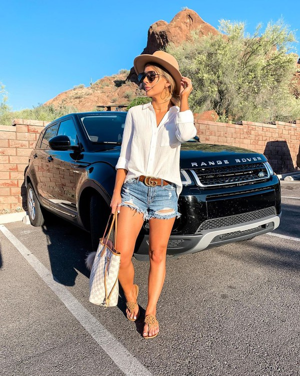 top white shirt denim denim shorts belt