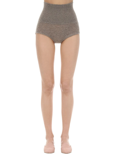 KHAITE Belinda Cashmere Knit Shorts in beige