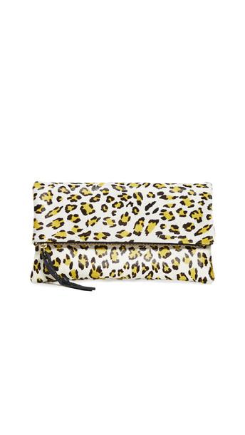 Oliveve Anastasia Clutch in leopard