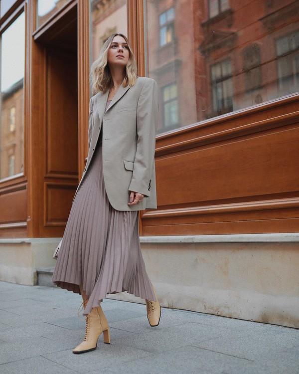 skirt pleated skirt asymmetrical skirt midi skirt zara ankle boots blazer