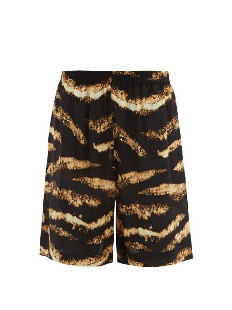 Raey - Bleached Tiger Print Silk Shorts - Womens - Black Print