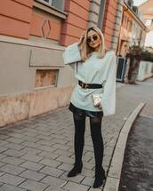 shoes,over the knee boots,black boots,tights,leather shorts,sweater,black belt,mini bag
