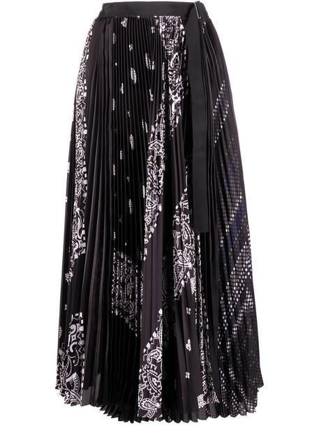 Sacai paisley print pleated skirt in black