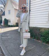 jacket,grey blazer,sneakers,cropped pants,handbag,white t-shirt