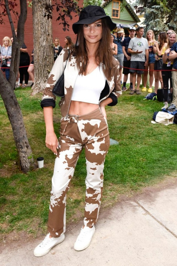 jacket brown cow emily ratajkowski model pants top celebrity