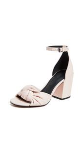 sandals,shoes