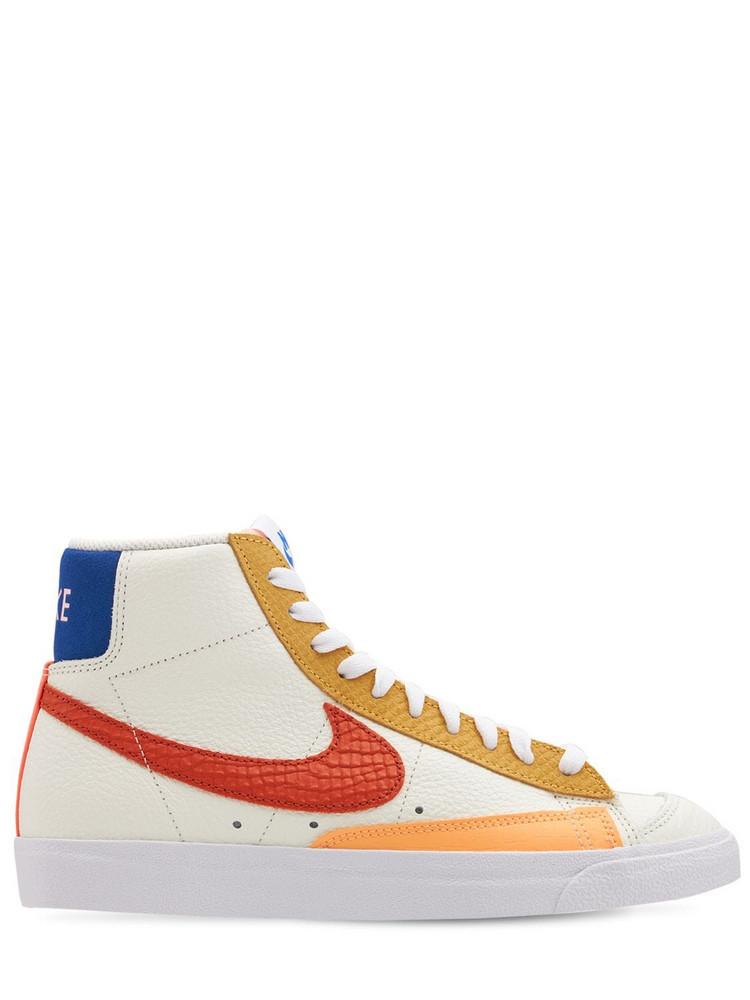 NIKE Blazer Mid '77 Sneakers in orange