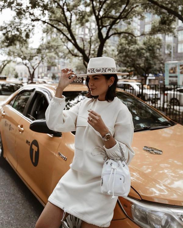 dress mini dress long sleeve dress white bag hat