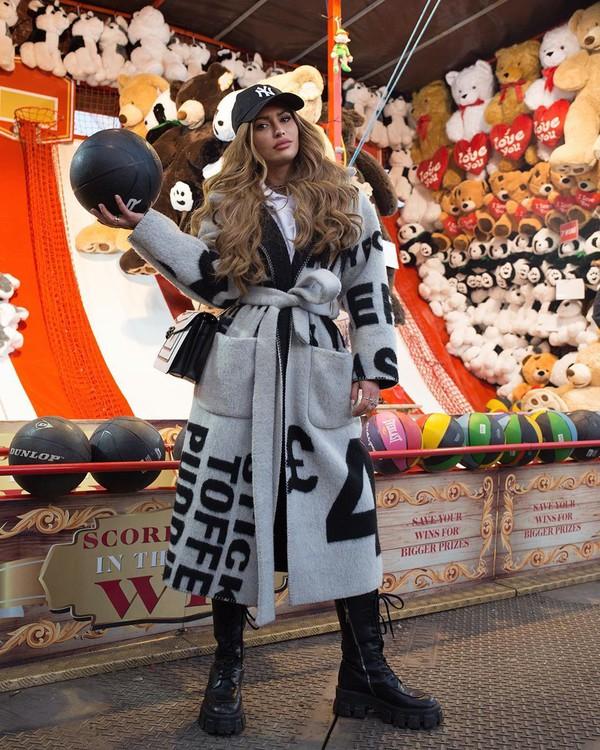 coat wool coat long coat black boots white shirt cap black bag
