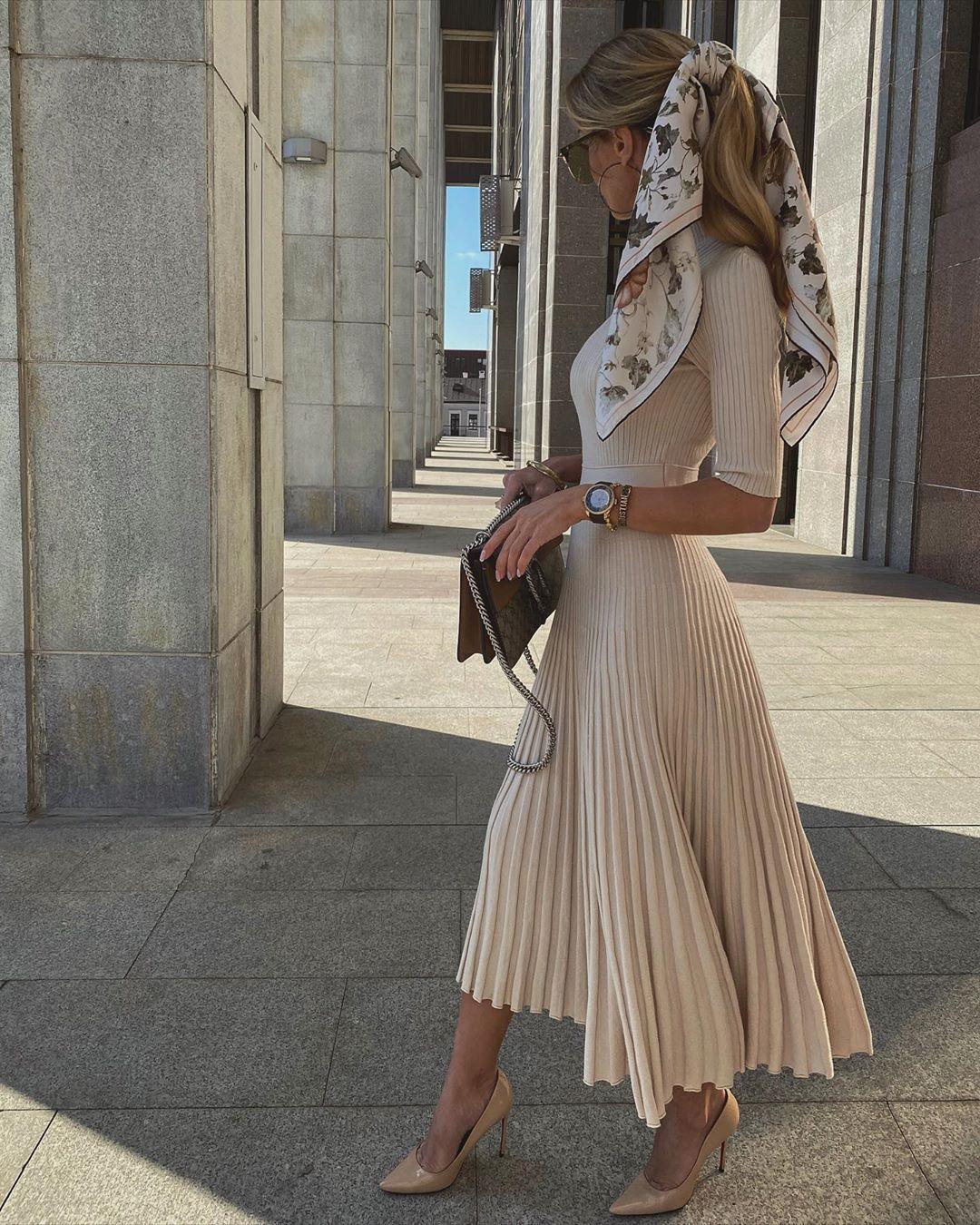 dress pleated dress midi dress pumps bag scarf