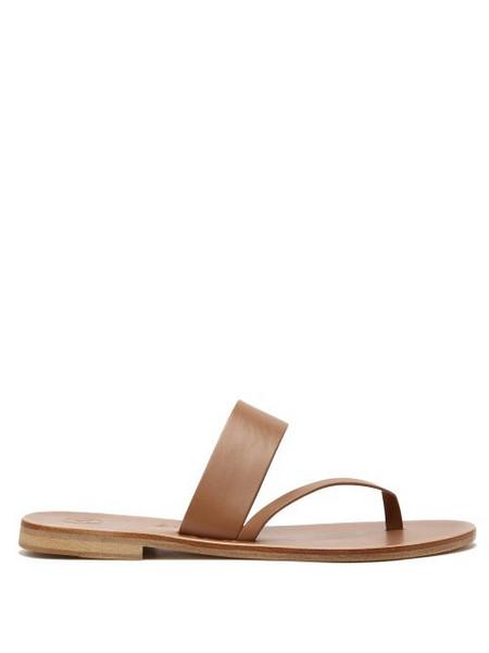Álvaro Álvaro - Alberta Leather Slide Sandals - Womens - Tan