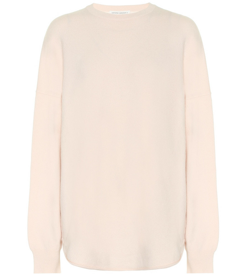 Extreme Cashmere Crew Hop cashmere-blend sweater in pink