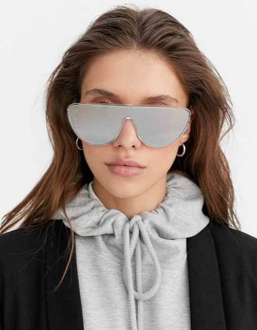 Stradivarius Mirrored Visor Sunglasses In Grey