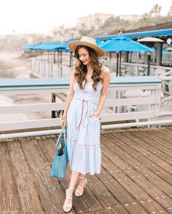 dress striped dress midi dress sleeveless dress sandal heels sun hat bag