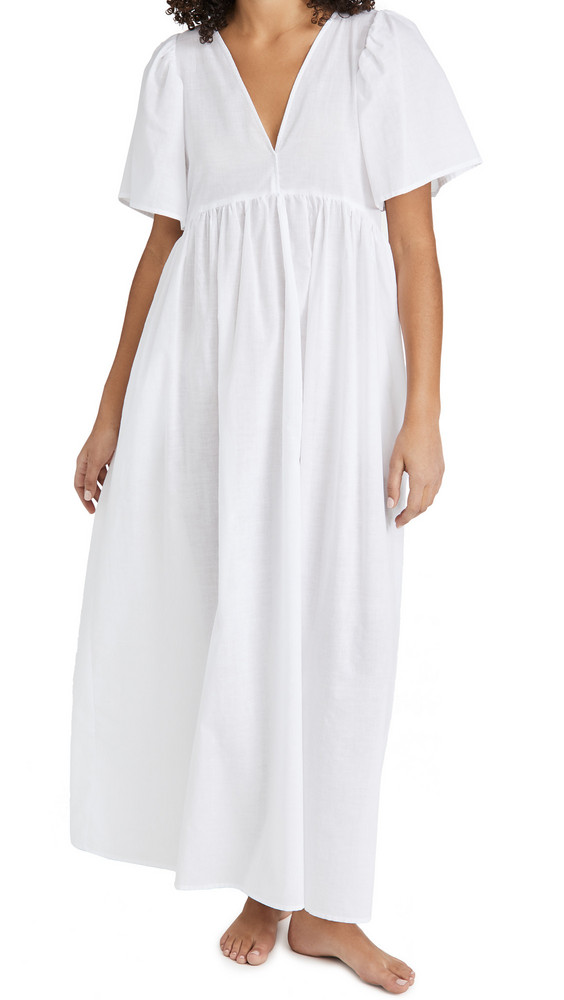 LE PETIT TROU Istres Nightdress in white