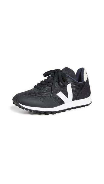 Veja SDU RT Sneakers in black / white