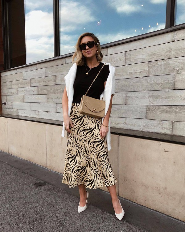shoes pumps midi skirt white sweater crossbody bag black t-shirt